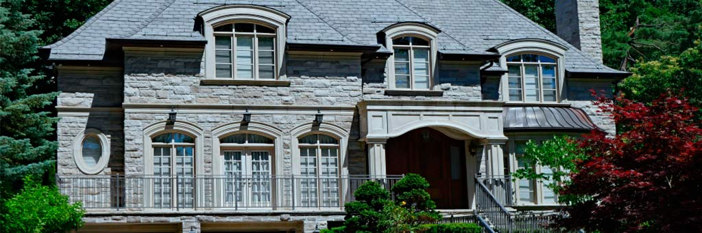 Awning Window Sizes, Features, and Facts